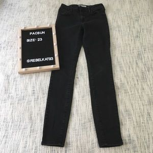 Pacsun Midrise skinniest Black Faded Style Size 23